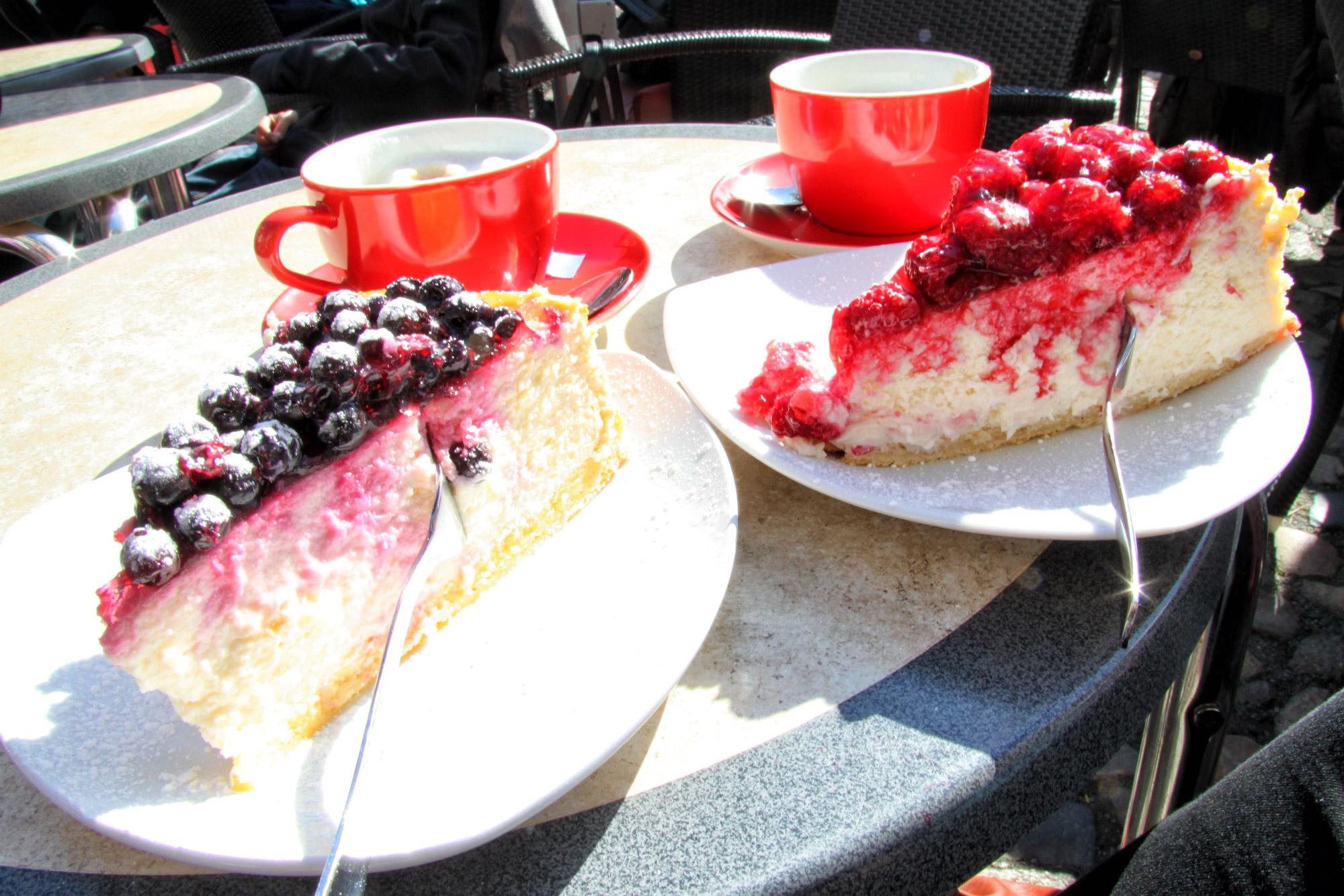 Café Vincent, lekker kaastaartjes eten